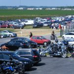Parking bitume (80 places) et herbeux