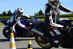 Stages de pilotage De Radigues Rider School