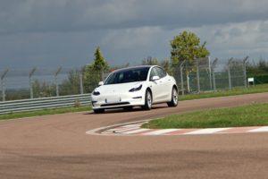 Cours privé « e-conduite » sur véhicule électrique TESLA