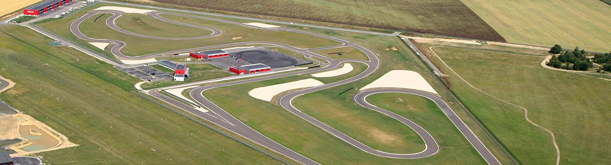 Le plus grand circuit automobile d'ïle de France | CircuitsLFG